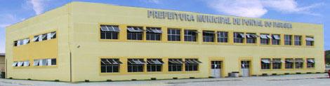 http://pontaldoparana.com.br/wp-content/uploads/2011/11/prefeitura1.jpg